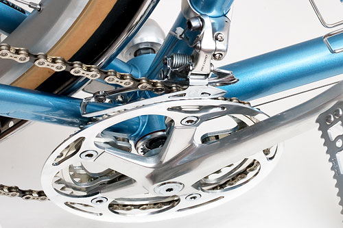 Crankset with chainguard