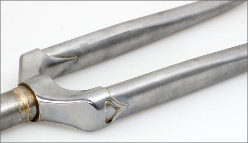 Randonneur fork crown